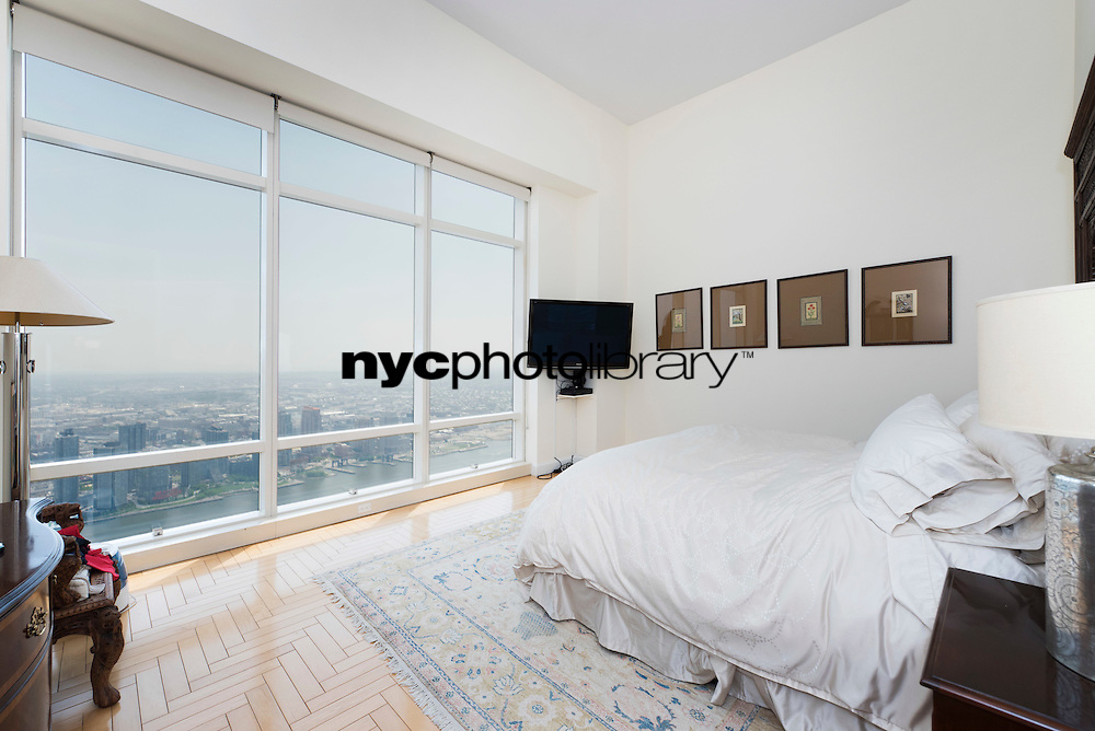 Bedroom at 845 United Nations Plaza