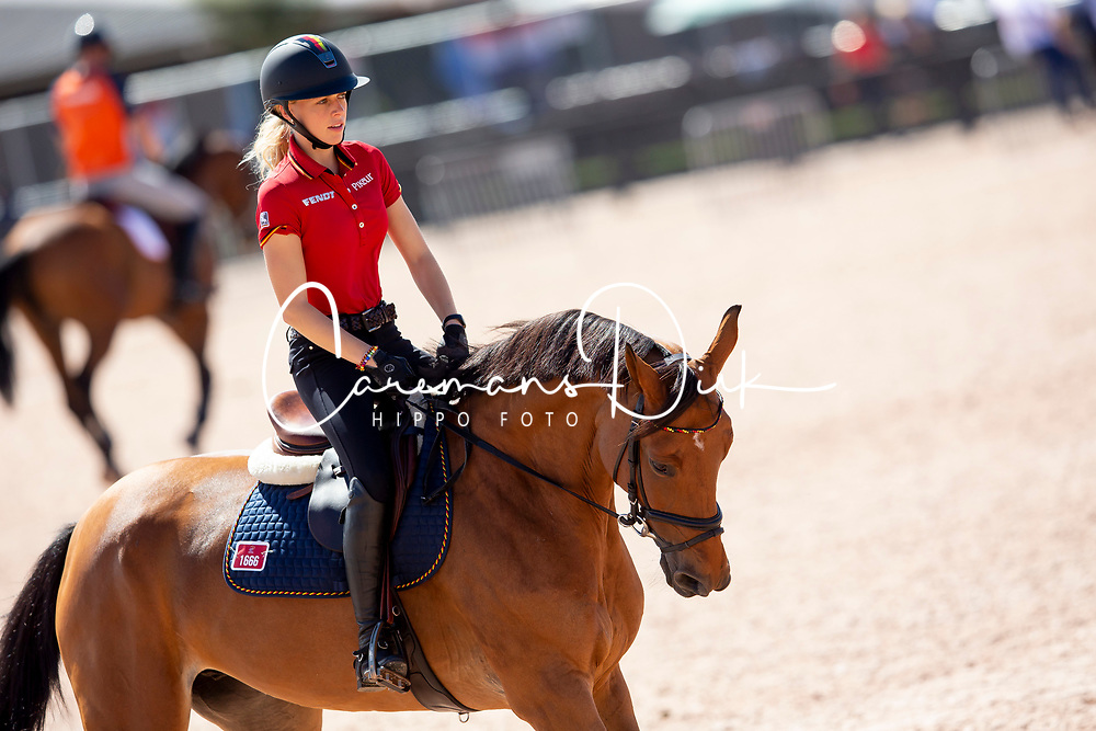 Klaphake Laura, GER, Catch Me If You Can 21<br /> World Equestrian Games - Tryon 2018<br /> © Hippo Foto - Dirk Caremans<br /> 18/09/2018
