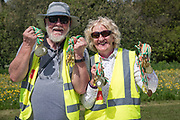 NO FEE PICTURES<br /> 19/5/18 Hundreds of people of all ages lapped up the summer sunshine when they came out to support an important cause which is close to many of their hearts, organ donation, by taking part in the Irish Kidney Association's 'Run for a Life' family fun run which took place at Corkagh Park, Clondalkin, Dublin 22 on Saturday 19th May.   (www.runforalife.ie) Pictured Noel and Siobhan White .Picture:Arthur Carron