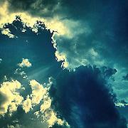 Light. #lysanadlabem #lysa #prag #praha #Prague #czechrepublic #clouds #light #shadow #sky