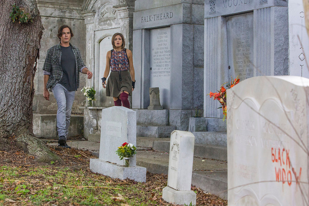 """Tyler Blackburn as Caleb and Nicole Gale Anderson as Miranda in ABC Family's """"Ravenswood""""."""