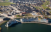 Nederland, Utrecht, Houten, 11-02-2008; VINEX lokatie, nieuwbouwwijk met huizen in oud-hollandse stijl, waterhuizen, houten gevels; .luchtfoto (toeslag); aerial photo (additional fee required); .foto Siebe Swart / photo Siebe Swart