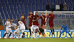 October 28, 2017 - Rome, Italy - From left, Roma s Gerson, Edin Dzeko, Daniele De Rossi, Kevin Strootman and Lorenzo Pellegrini face an attempt by Bologna s Simone Verd, left, n.9, on a free kick, during the Serie A soccer match between Roma and Bologna at the Olympic stadium. (Credit Image: © Riccardo De Luca/Pacific Press via ZUMA Wire)