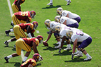7 October 2006: WA offensive line and Southern California's defensive line at the line of scrimmage.  NCAA College Football Pac-10 USC Trojans 26-6 win over the Washington Huskies at the LA Coliseum during a sunny saturday game in Los Angeles, CA. #96 Lawrence Jackson, #49 Sedrick Ellis, #75 Fila Moala.<br />