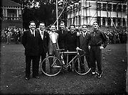 Cyclists going to world Cycling Championships  in France and Luxemburg. (Left to Right) J. Ryan and Jim McQuaid (Emerald, Dublin) Gordon Reed (Cyprus, Belfast) J. A. Ewart (Maryland, Wheelers) J. J. McCormack (Eagle, Dublin) D. O'Connell (Dublin, Wheelers) and W. Dowds (Windsor, Belfast).19/08/1952