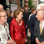 NLD/Amsterdam/20070512 - Prinses Margriet draagt voorzitterschap Europese Culturele Stichting over aan Prinses Laurentien, Morris Tabaksblat en Mw. Kathinka Dittrich van Weringh verwelkomen Prinses Margriet