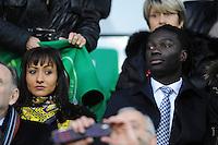 Bafetimbi GOMIS avec sa femme  - 21.12.2014 - Saint Etienne / Evian Thonon - 19eme journee de Ligue 1<br /> Photo : Jean Paul Thomas / Icon Sport