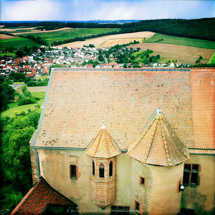 From the tower of Ronneburg you can see the all the way to Frankfurt.