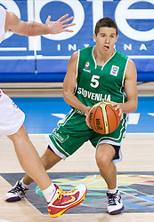 Jaka Lakovic (5) of Slovenia during the basketball match at 1st Round of Eurobasket 2009 in Group C between Slovenia and Spain, on September 09, 2009 in Arena Torwar, Warsaw, Poland. Spain won 90:84 after overtime. (Photo by Vid Ponikvar / Sportida)
