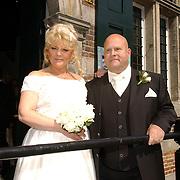 NLD/Naarden/20050527 - Huwelijk jongste zus Rene Froger,