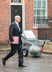 © Licensed to London News Pictures. 18/11/2014. Westminster, UK. Iain Duncan Smith MP, Secretary of State for Work and Pensions.  Ministers and MP's on Downing Street 18th November 2014. Photo credit : Stephen Simpson/LNP