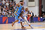 DESCRIZIONE : Beko Legabasket Serie A 2015- 2016 Dinamo Banco di Sardegna Sassari -Vanoli Cremona<br /> GIOCATORE : David Logan<br /> CATEGORIA : Palleggio Penetrazione<br /> SQUADRA : Dinamo Banco di Sardegna Sassari<br /> EVENTO : Beko Legabasket Serie A 2015-2016<br /> GARA : Dinamo Banco di Sardegna Sassari - Vanoli Cremona<br /> DATA : 04/10/2015<br /> SPORT : Pallacanestro <br /> AUTORE : Agenzia Ciamillo-Castoria/C.Atzori