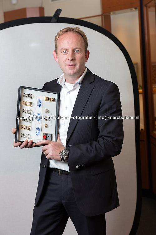 Nederland,  Rosmalen,Rubriek Sleutelmoment voor de Ondernemer Rolf van de Stolpe in zijn juwelierszaak