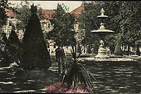 Zagreb : Zrinjski trg. <br /> <br /> ImpresumS. l. : S. n., [1913].<br /> Materijalni opis1 razglednica : tisak ; 9 x 14 cm.<br /> Vrstavizualna građa • razglednice<br /> ZbirkaZbirka razglednica • Grafička zbirka NSK<br /> ProjektPozdrav iz Zagreba • Pozdrav iz Hrvatske<br /> Formatimage/jpeg<br /> PredmetZagreb –– Trg Nikole Šubića Zrinskog<br /> SignaturaRZG-ZRIN-2<br /> Obuhvat(vremenski)20. stoljeće<br /> NapomenaRazglednica je putovala 1913. godine.<br /> PravaJavno dobro<br /> Identifikatori000953206<br /> NBN.HRNBN: urn:nbn:hr:238:411981 <br /> <br /> Izvor: Digitalne zbirke Nacionalne i sveučilišne knjižnice u Zagrebu
