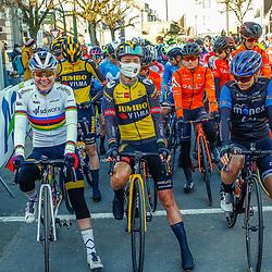 25-04-2021: Wielrennen: Luik Bastenaken Luik (Vrouwen): Luik<br />Ontspannen voor de start Anna van der Breggen, Marianne Vos