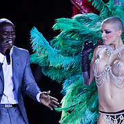 MON/Monte Carlo/20100512 - World Music Awards 2010, Akon en showdanseres