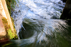UK ENGLAND WILTSHIRE 26JUN08 - Detail of water flowing through a sluice in the river Kennet near Stichcoombe in rural Wiltshire, western England...jre/Photo by Jiri Rezac / WWF UK..© Jiri Rezac 2008..Contact: +44 (0) 7050 110 417.Mobile:  +44 (0) 7801 337 683.Office:  +44 (0) 20 8968 9635..Email:   jiri@jirirezac.com.Web:     www.jirirezac.com..© All images Jiri Rezac 2008 - All rights reserved.