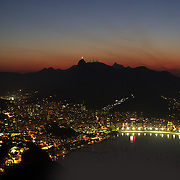 The view towards Botafogo at sunset from Sugar Loaf Mountain. Rio de Janeiro, Brazil. 27th August 2010. Photo Tim Clayton..