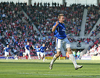 Photo: Andrew Unwin.<br />Middlesbrough v Everton. The Barclays Premiership. 29/04/2006.<br />Everton's James Beattie celebrates after Kevin Kilbane scores his team's first goal.