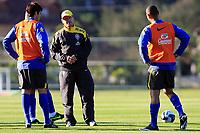 20090604: TERESOPOLIS, BRAZIL - Brazil National Team preparing match against Uruguay. In picture: coach Dunga speaking with Kaka (L). PHOTO: CITYFILES