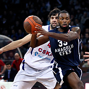 Anadolu Efes's Oliver Lafayette (R) during their Euroleague Top 16 basketball match Anadolu Efes between CSKA Moscow at the Abdi Ipekci Arena in Istanbul at Turkey on Thursday, March, 01, 2012. Photo by TURKPIX