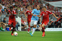 01.08.2013, Allianz Arena, Muenchen, Audi Cup 2013, FC Bayern Muenchen vs Manchester City, im Bild, v.l.n.r. David ALABA (FC Bayern Muenchen), Toni KROOS (FC Bayern Muenchen), Pablo ZABALETA (Manchester City) und Bastian SCHWEINSTEIGER (FC Bayern Muenchen) // during the Audi Cup 2013 match between FC Bayern Muenchen and Manchester City at the Allianz Arena, Munich, Germany on 2013/08/01. EXPA Pictures © 2013, PhotoCredit: EXPA/ Eibner/ Wolfgang Stuetzle<br /> <br /> ***** ATTENTION - OUT OF GER *****