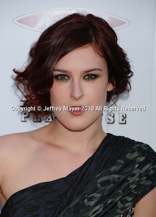 """HOLLYWOOD, CA. - April 08: Rumer Willis arrives to """"The Jonses"""" Los Angeles Premiere at ArcLight Cinemas on April 8, 2010 in Hollywood, California."""
