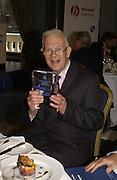PROF HUGH BERRINGTON. Association awards, 2005. Institute of Directors. Pall Mall. London. 29 November 2005. ONE TIME USE ONLY - DO NOT ARCHIVE  © Copyright Photograph by Dafydd Jones 66 Stockwell Park Rd. London SW9 0DA Tel 020 7733 0108 www.dafjones.com