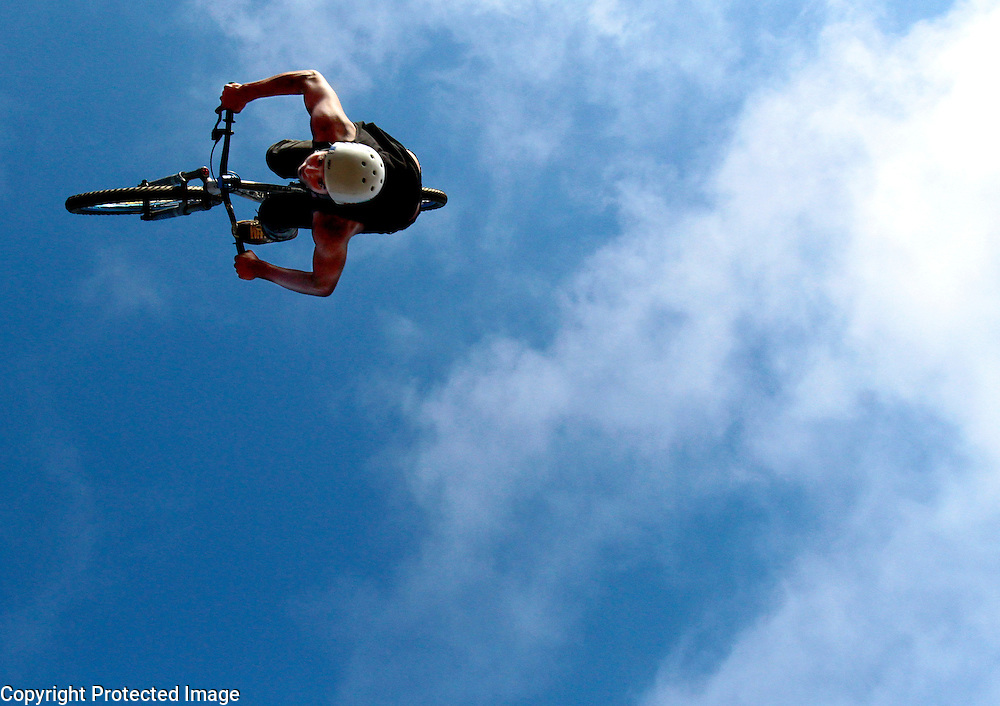Raymond George, 19, of Santa Cruz, just returned after flying high at the X-Games in Germany. <br /> Photo by Shmuel Thaler <br /> shmuel_thaler@yahoo.com www.shmuelthaler.com