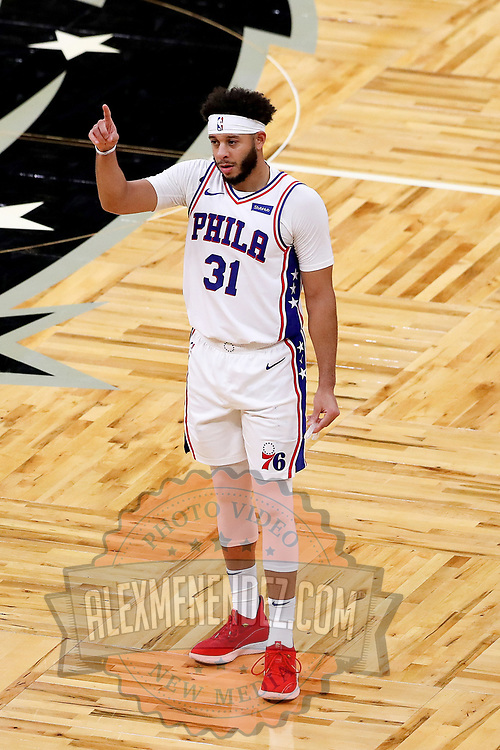 ORLANDO, FL - DECEMBER 31:  Seth Curry #31 of the Philadelphia 76ers plays against the Orlando Magic at Amway Center on December 31, 2020 in Orlando, Florida. NOTE TO USER: User expressly acknowledges and agrees that, by downloading and or using this photograph, User is consenting to the terms and conditions of the Getty Images License Agreement. (Photo by Alex Menendez/Getty Images)*** Local Caption *** Seth Curry