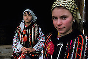 Cleja, Klèsza in Hungarian, traditional csango dresses. Their symbols send back to the Far East mandalas and represent the sun and earth, the water symbol of the life, the river, the stars.