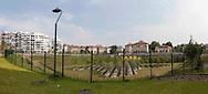 Milano,Amendola fiera: Il nuovo quartiere residenziale Citylife. Il Parco pubblico è dello studio Gustafson Porter.                 Milan, Amendola Fair: The new residential Citylife. The Park is designed by Gustafson Porter.