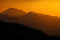 Sunset in Qinling Mountains, 2015-04-12, Shaanxi Province, China