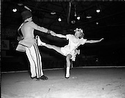 19/09/1955<br /> 09/19/1955<br /> 19 September 1955<br /> Ice Show Rehearsal at the National Stadium, Dublin. Special for Radio Review.