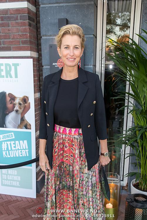 NLD/Amsterdam/20181005 - Benefietdiner Kluivert Dog rescue, Anouk Smulders - Voorveld
