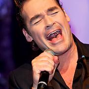 NLD/Hilversum/20111130 - Rene Froger & Jeroen van der Boom geven concert voor Stichting Don, Jeroen van der Boom