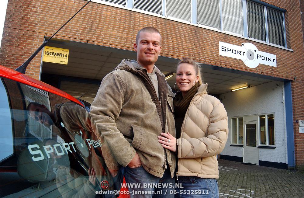Sportcentrum Verhoef Huizen heeft nieuwe naam Sportpoint en nieuwe eigenaar Derk Bunschoten en vriendin