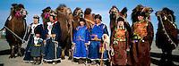 Mongolie. Desert de Gobi. Region de Dalanzadgad. Village de Moron. Festival des chameaux. Nouvel an Mongol. // Mongolia. Gobi desert. Dalanzadgad area. Moron village. Camel festival. Mongolian new year.