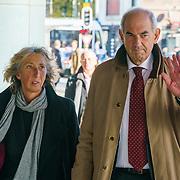 NLD/Amsterdam/20181027 - Herdenkingsdienst Wim Kok, Job Cohen en partner Anjes van der Linden
