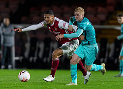 LONDON, ENGLAND - Friday, October 30, 2020: Arsenal's William Saliba (L) and Liverpool's Luis Longstaff during the Premier League 2 Division 1 match between Arsenal FC Under-23's and Liverpool FC Under-23's at Meadow Park. Liverpool won 1-0. (Pic by David Rawcliffe/Propaganda)
