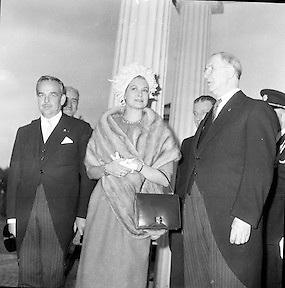 Royal Visit to Ireland by Princess Grace and Prince Rainier of Monaco. Arrival at Áras an Uachtarain..10.06.1961
