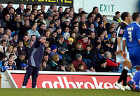 Photo: Alan Crowhurst.<br />Cardiff City v Hull FC. Coca Cola Championship. 18/02/2006. <br />Peter Taylor gives the Hull players directions.