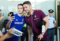 Gary Cahill with fans during arrival of  England National Football team 1 day before EURO 2016 Qualifications match against Slovenia, on June 13, 2015 in Airport Joze Pucnik, Brnik - Ljubljana, Slovenia. Photo by Vid Ponikvar / Sportida