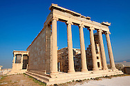 The Erechtheum Temple, the Acropolis of Athens in Greece. .<br /> <br /> If you prefer to buy from our ALAMY PHOTO LIBRARY  Collection visit : https://www.alamy.com/portfolio/paul-williams-funkystock/acropolis-athens.html<br /> <br /> Visit our ANCIENT WORLD PHOTO COLLECTIONS for more photos to download or buy as wall art prints https://funkystock.photoshelter.com/gallery-collection/Ancient-World-Art-Antiquities-Historic-Sites-Pictures-Images-of/C00006u26yqSkDOM