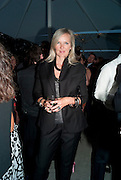 AMANDA WAKELEY, Alexandra Shulman, Editor of Vogue & Phil Popham, Managing Director of Land Rover<br /> host the 40th Anniversary of Range Rover. The Orangery at Kensington Palace. London. 1 July 2010. -DO NOT ARCHIVE-© Copyright Photograph by Dafydd Jones. 248 Clapham Rd. London SW9 0PZ. Tel 0207 820 0771. www.dafjones.com.