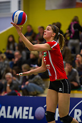 30-12-2010 VOLLEYBAL: ERMA CLASSIC ASTERIX KIELDRECHT - AURUBIS HAMBURG: ALMELO<br /> Lara Heyrman<br /> ©2010-WWW.FOTOHOOGENDOORN.NL / Peter Schalk