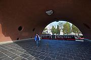 Vienna, Karl-Marx-Hof. The big arches at 12. Februar-Platz.