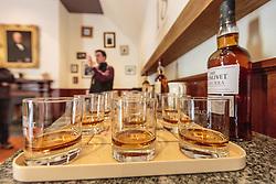 THEMENBILD - Whiskey Gläser zum verkosten nach einer Führung durch die Glenlivet Whiskey Destillerie bei Ballindalloch, Schottland, aufgenommen am 08. Juni 2015 // Whiskey glasses for tasting after a guided tour of the Glenlivet whiskey distillery near Ballindalloch, Scotland on 2015/06/08. EXPA Pictures © 2015, PhotoCredit: EXPA/ JFK