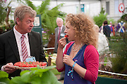 ALEX KINGSTON, PRESS PREVIEW. The RHS Chelsea Flower Show 2011. The Royal Hospital grounds. Chelsea. London. 23 May 2011. <br /> <br />  , -DO NOT ARCHIVE-© Copyright Photograph by Dafydd Jones. 248 Clapham Rd. London SW9 0PZ. Tel 0207 820 0771. www.dafjones.com.