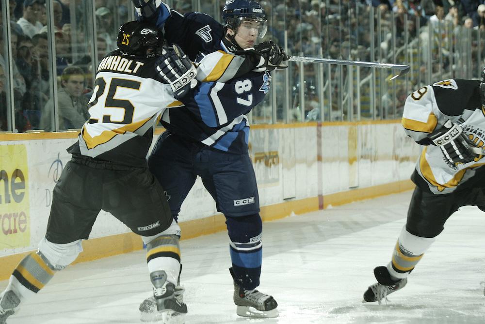 Sidney Crosby.L'OcŽanic de Rimouski, Quebec Major Junior Hockey League..Rimouski vs. Cape Breton.Centre 200.Sydney, Nova Scotia.October 17, 2003..Photograph by Darren Carroll..